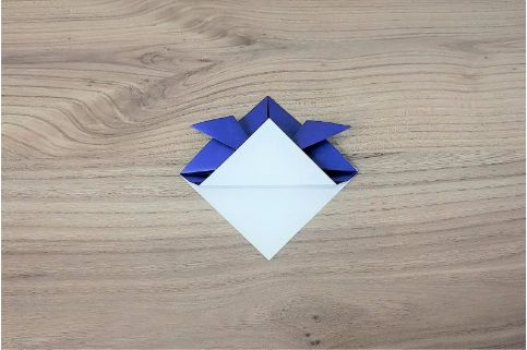 折り紙「兜」手順5