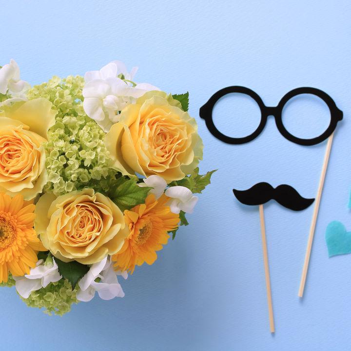父の日に贈る花の種類や色。選び方のポイントや贈るときの工夫