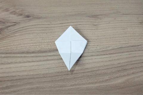 折り紙「あじさい」手順7-2