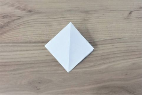 折り紙「あじさい」手順4