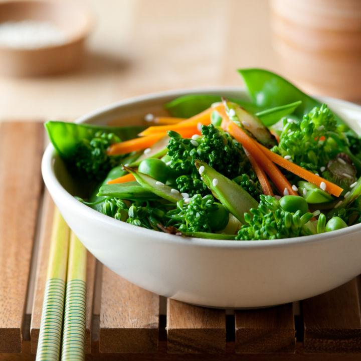 付け合わせレシピのアイデア。野菜を使ったメニューや作り置きできるレシピ