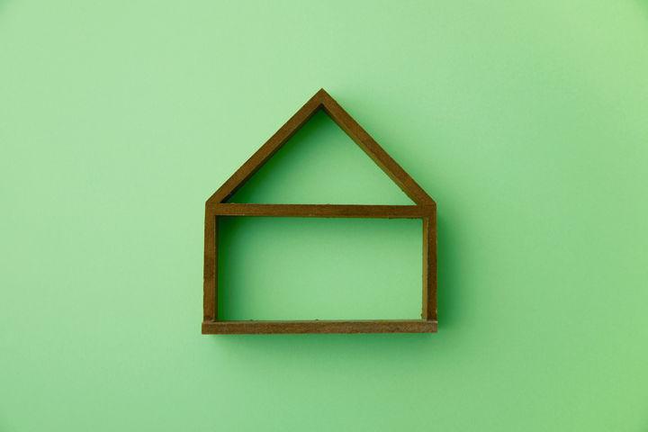 家をイメージした形