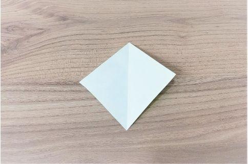折り紙「にんじん」手順8-1