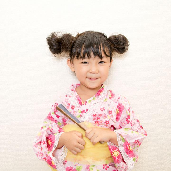 幼児の浴衣選びと着付け方や帯の結び方。簡単にできる髪型など