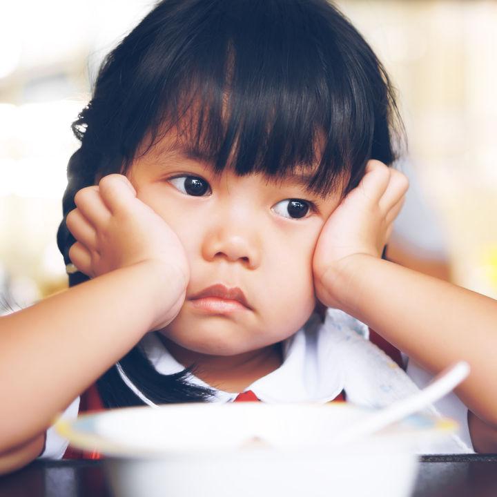 幼児がご飯を食べない、食べるのが遅い!原因と対策について