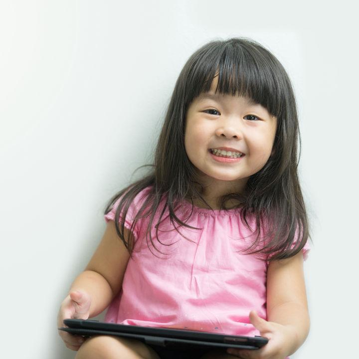 幼児と楽しむタブレット学習。教材選びと注意点について
