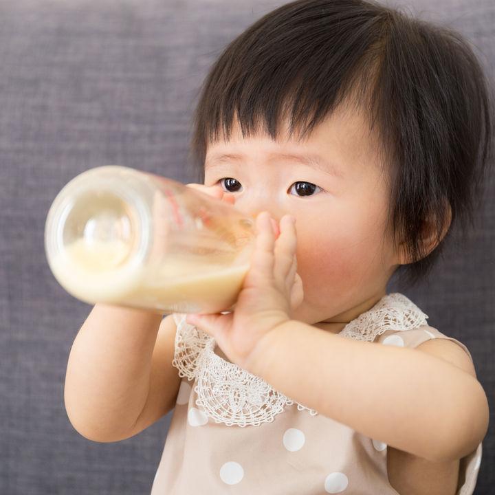 フォローアップミルクはいつから?完母や混合、完ミのママの体験談