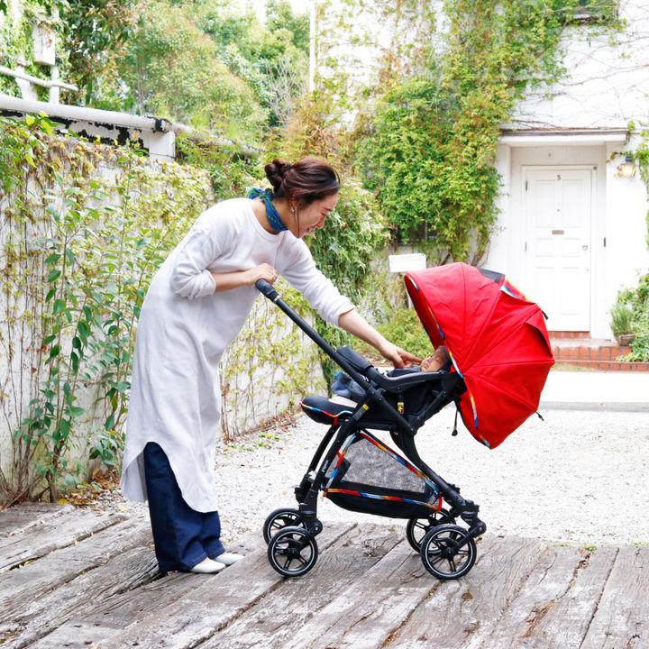 「はじめてのお出かけもスムーズにできました!」ママの押し心地と赤ちゃんの乗り心地にこだわった「Runfee(ランフィ)」