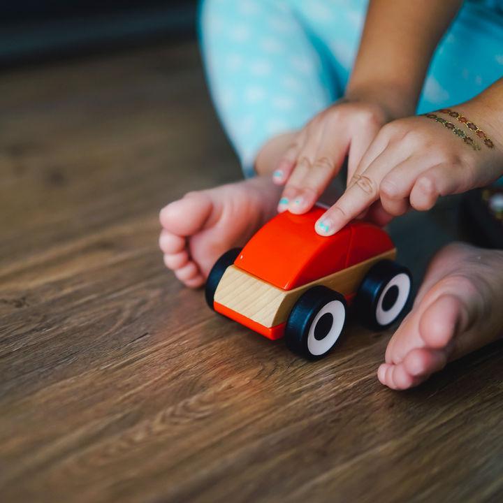 2歳児の子どもへのプレゼントは何がよい?喜ばれる実用的な贈り物
