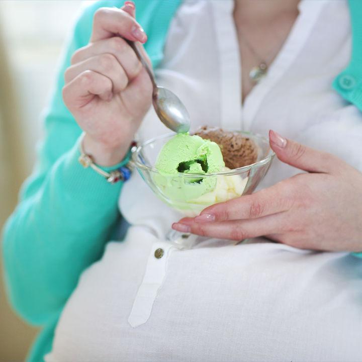 【産婦人科医監修】妊娠中のアイスがやめられないときの注意点と対処法