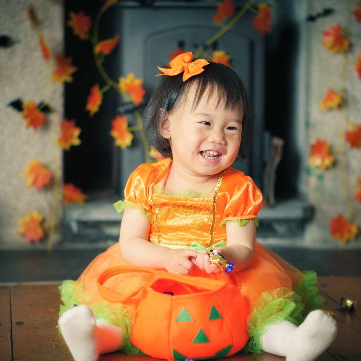 子どもとのハロウィンの楽しみ方。家の飾りつけや子どもの仮装など