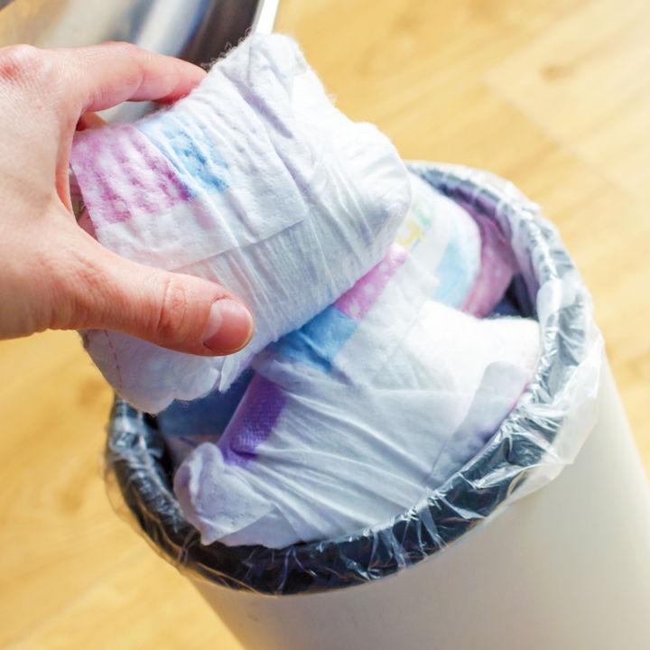 オムツのゴミ箱は必要?用意の有無や選び方、使い方などを調査