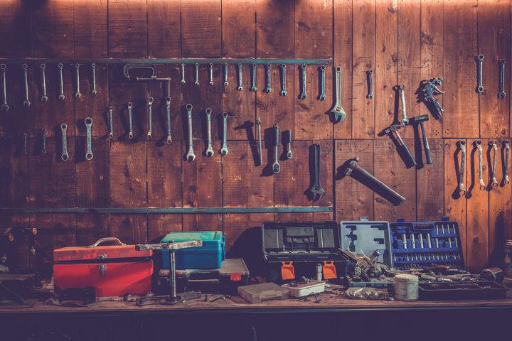 ガレージの工具代