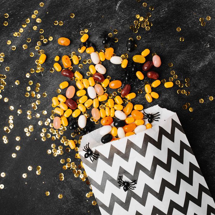 ハロウィンにお菓子を入れる袋を手作りしよう