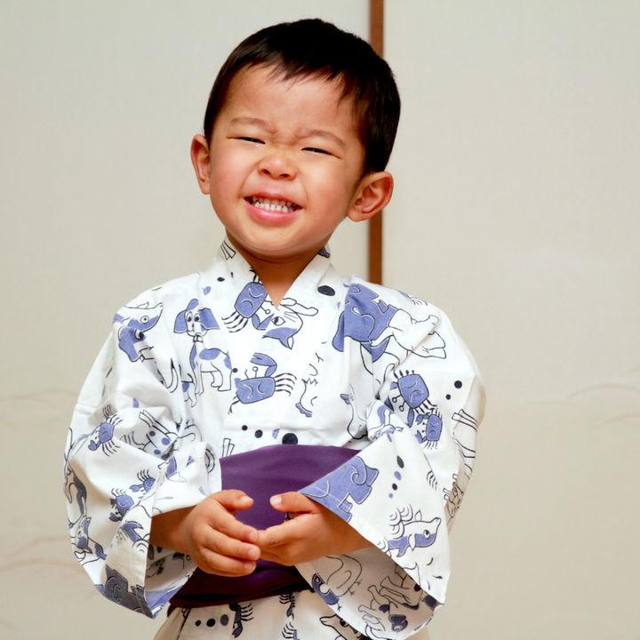 子どもの浴衣の着付けや帯の結び方。男の子や女の子への着せ方のコツ