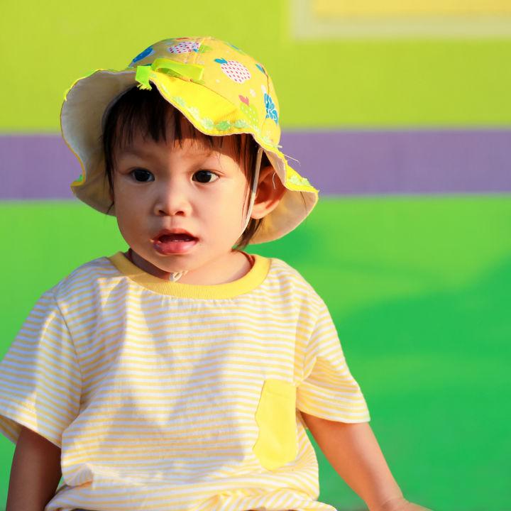 子どもの夏の帽子の選び方。お出かけや遊びに使う帽子