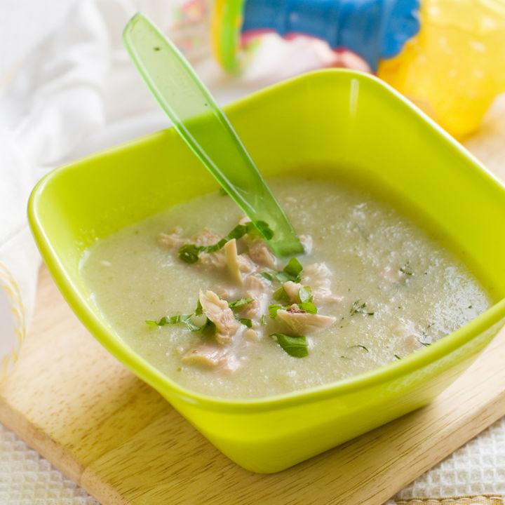 【離乳食初期】スープのアレンジレシピ。味付けや赤ちゃんに食べさせる量