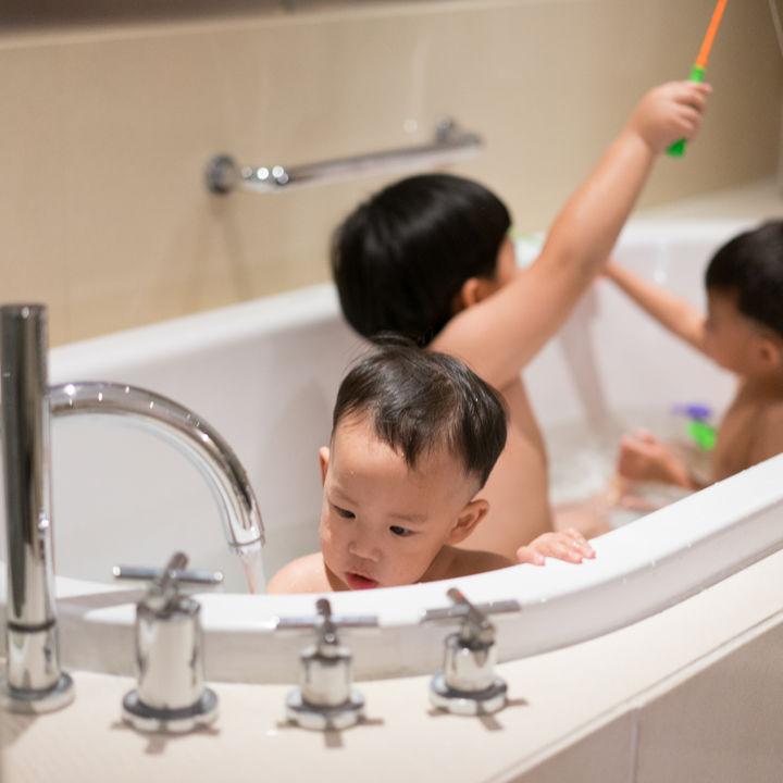 子どもが3人いる家庭に必要な年収。知っておくべき手当やお金の管理方法