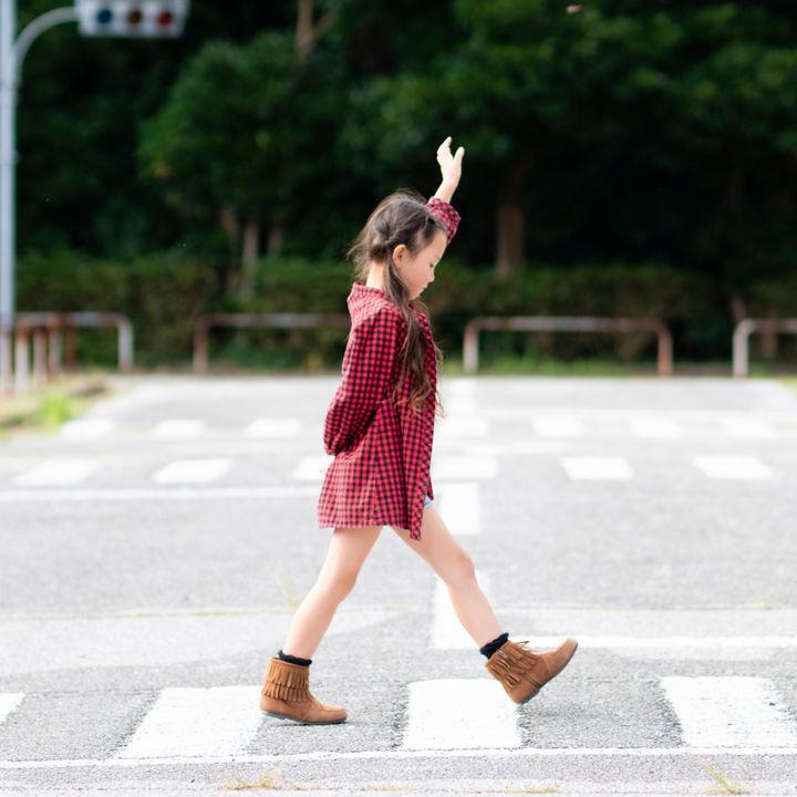 子どもに交通ルールを伝えて安全に道路を通行しよう