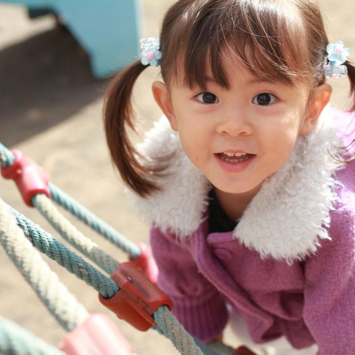 子どもが喜ぶ体を動かす遊びは?公園やアスレチックで楽しむ運動