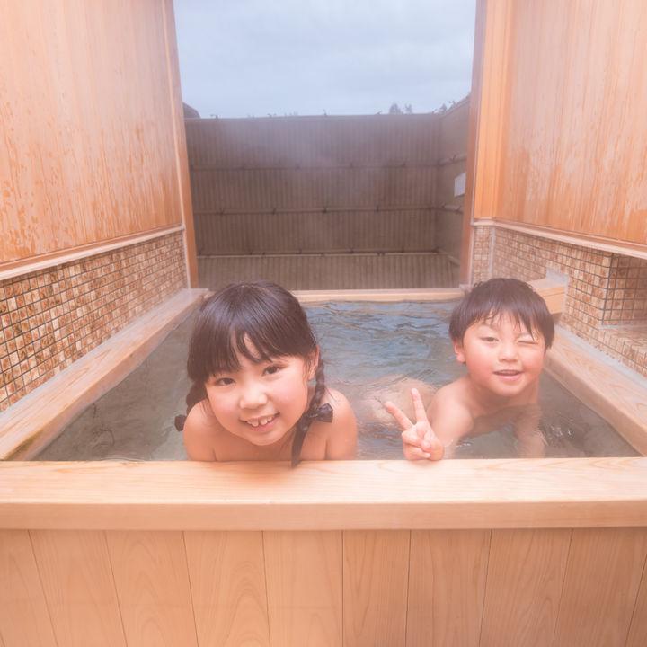 家族が日帰りや泊まりで楽しめる温泉。行き先を選ぶときのポイント