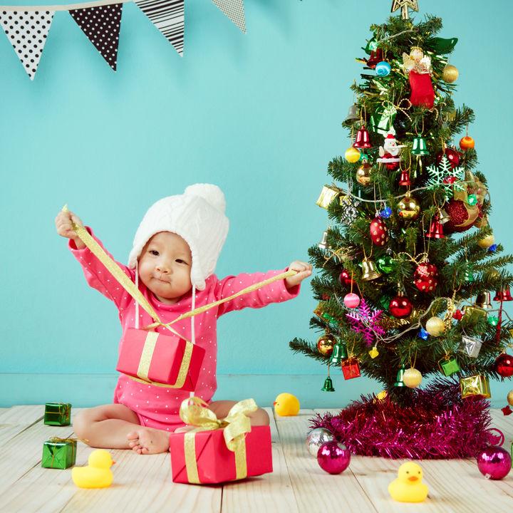 赤ちゃんにクリスマスプレゼントを贈ろう。時期や予算別に選んだもの