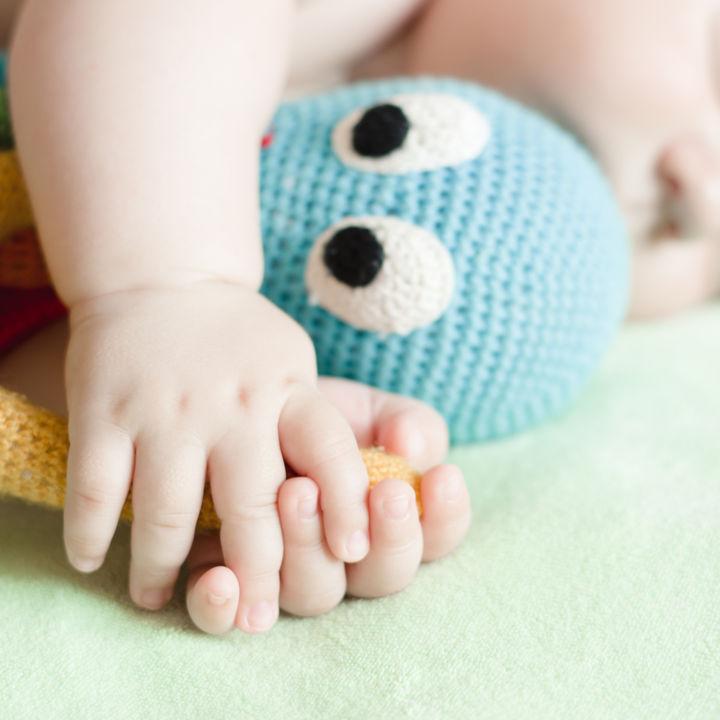 子どもに編み物おもちゃを用意したいとき。選ぶときのポイントや種類