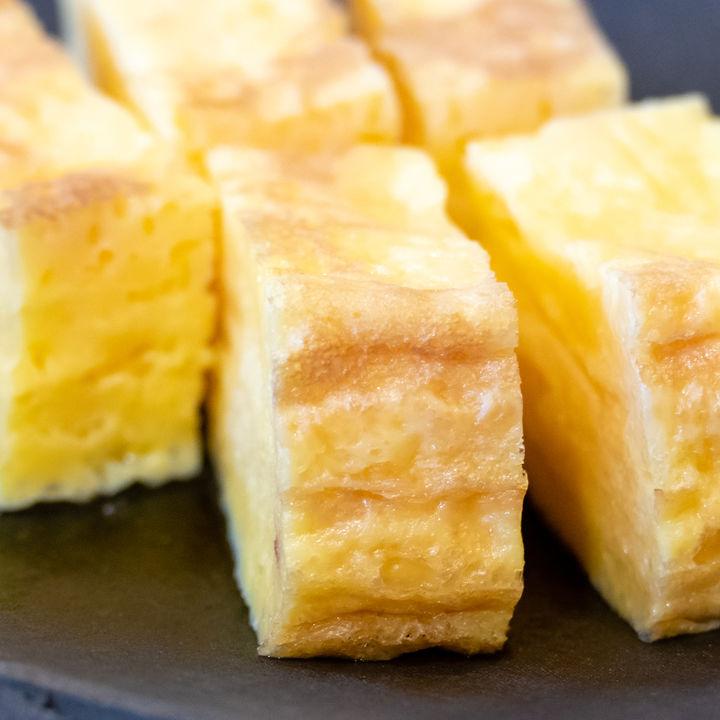 離乳食後期の卵焼きの簡単アレンジレシピ。納豆など具入りの作り方