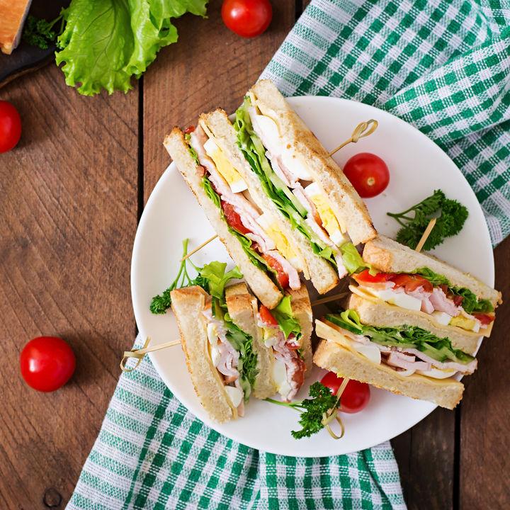 ピクニックにサンドイッチを用意しよう。おしゃれに見せる工夫とは