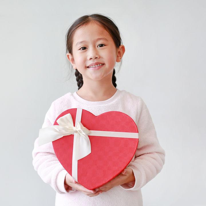 6歳の子どもへのプレゼント。ママたちが実際に贈ったものや選び方の体験談
