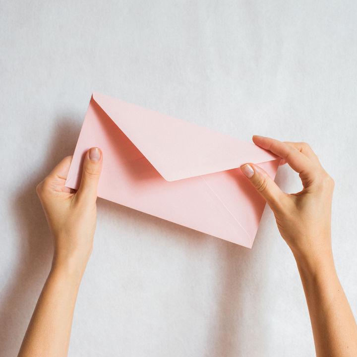 夫婦円満に繋がる手紙交換って?手紙の書き方や感動エピソード
