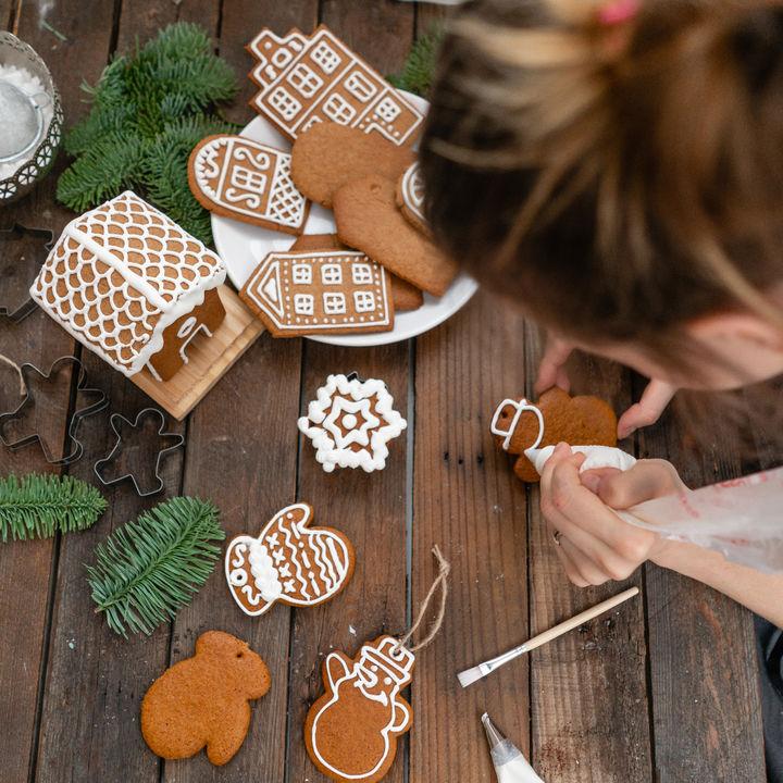 クリスマスにジンジャークッキーを作ろう。簡単アレンジレシピなど