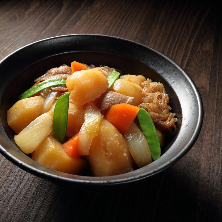 豚肉とじゃがいもを使った離乳食後期・完了期のレシピ。調理のポイント