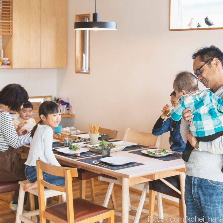 【調査】90%が家族団らんしていると回答。工夫や過ごし方
