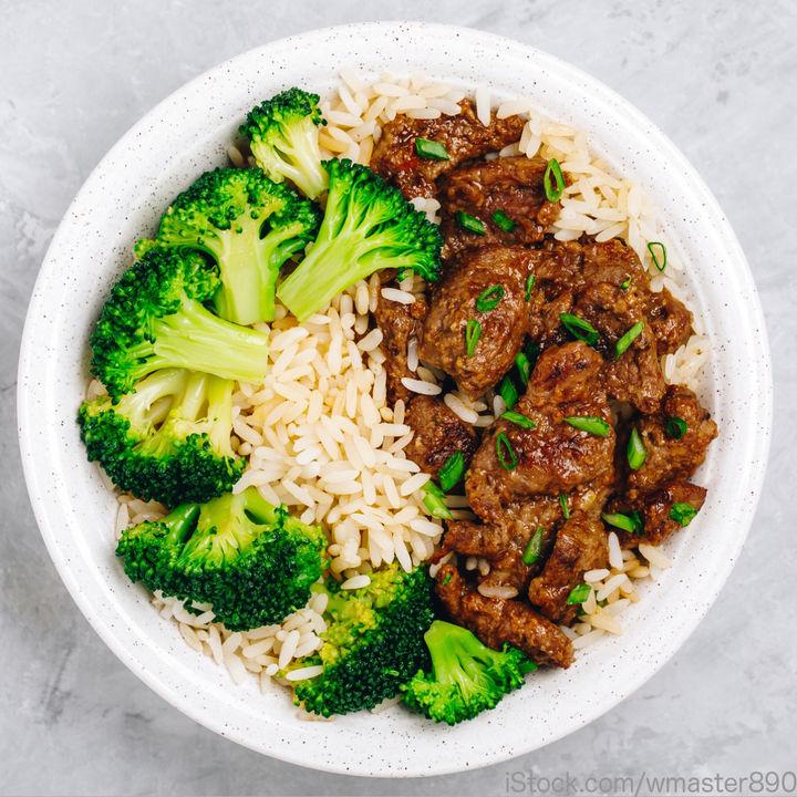 牛肉とブロッコリーを取り入れた離乳食レシピ。離乳食後期・完了期のメニュー