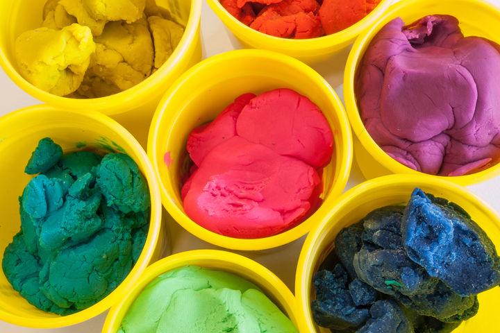 カラー粘土