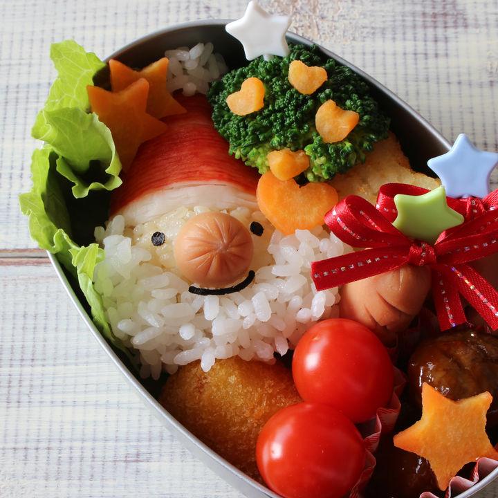 クリスマスモチーフのお弁当を作ろう。子どもが喜ぶレシピなど