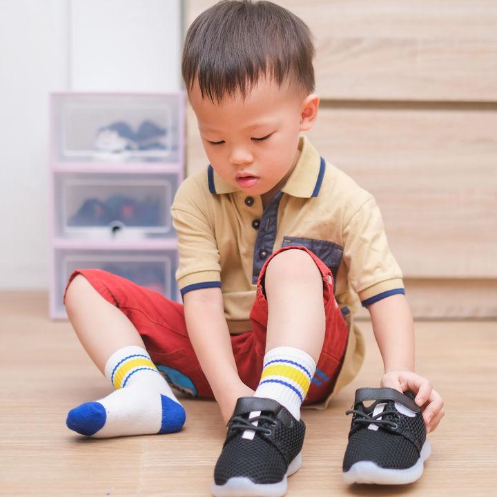 幼児の足に合った靴のサイズの選び方。幼児が歩きやすいサイズ感とは