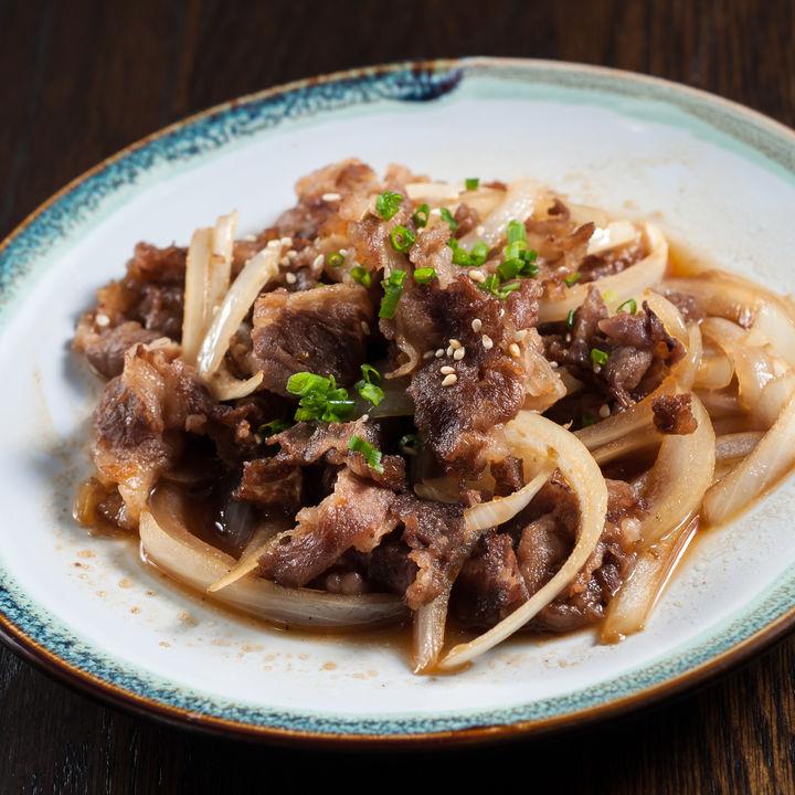 電子レンジで簡単にできる付け合わせ料理。肉や野菜を使ったレシピ