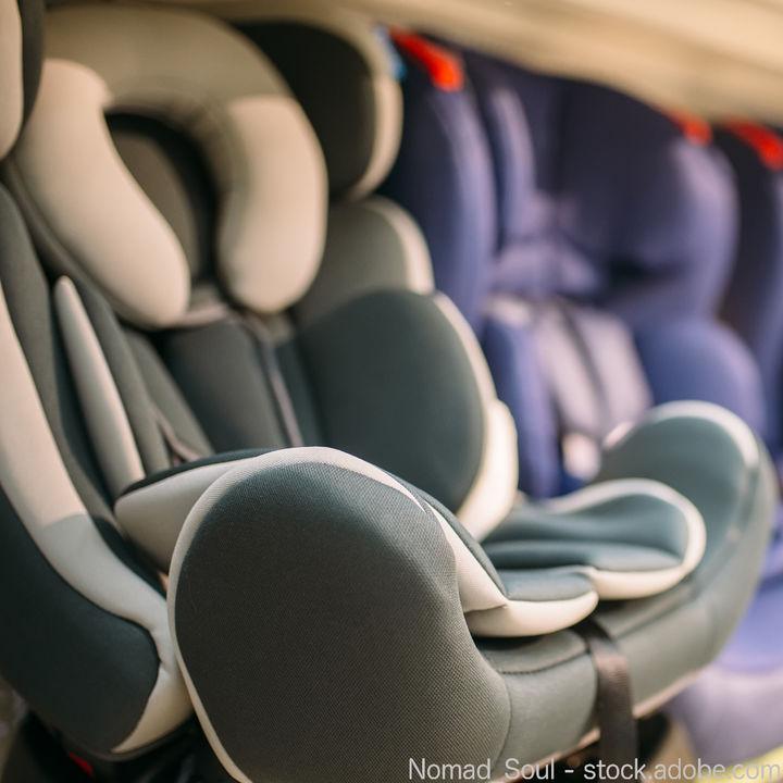 新生児から使えるベビーカー兼用のチャイルドシート。選ぶポイントについて