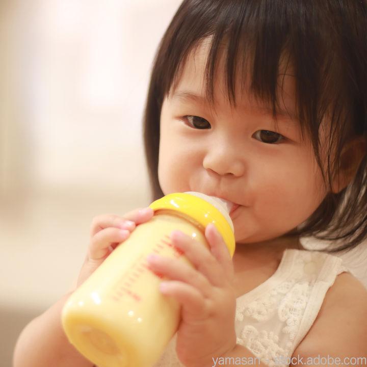 スティックタイプのフォローアップミルク。育児用ミルクとの違いとは