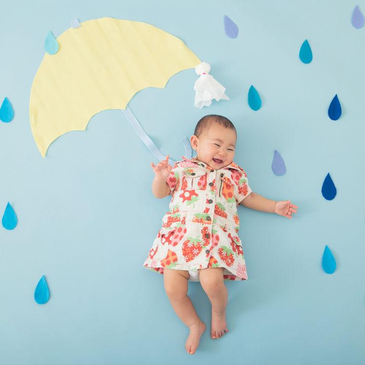 6月らしい寝相アートを撮ろう!梅雨がテーマの演出やアイディア