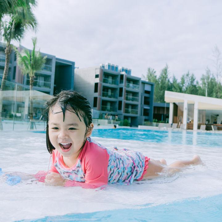 女の子向け幼児用水着の種類や選び方といっしょに用意するアイテム