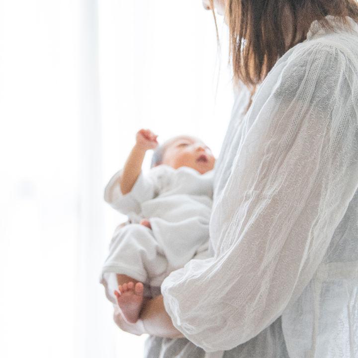 里帰り出産のとき挨拶は必要?挨拶の方法やタイミングなど