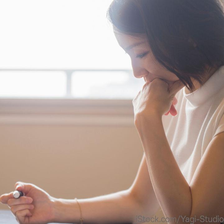 出産報告をはがきで送るとき。いつ出産報告のはがきを出すのかなど